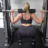 Iskra Lawrence: Learning to Squat (Part 2)